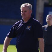 Gary Allanson wants to see his Bridlington Town side bounce back from their FA Vase defeat by winning in the league at Armthorpe Welfare tonight